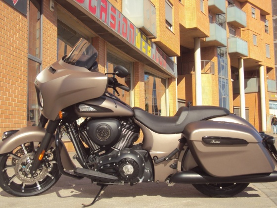 venta_moto_nueva_indian_chieftain_dark_horse_bronce_madrid